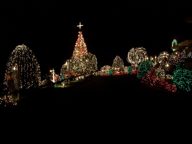 camuso holiday display finds a new home at the gazebo - Local Christmas Lights Displays