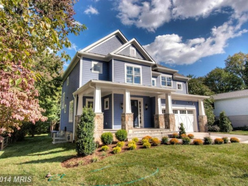 Craftsman style home building boom in vienna vienna va for Craftsman style homes for sale in northern virginia