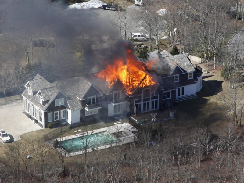 aerial photos massive house fire at 6 million noyac diagram of meteor