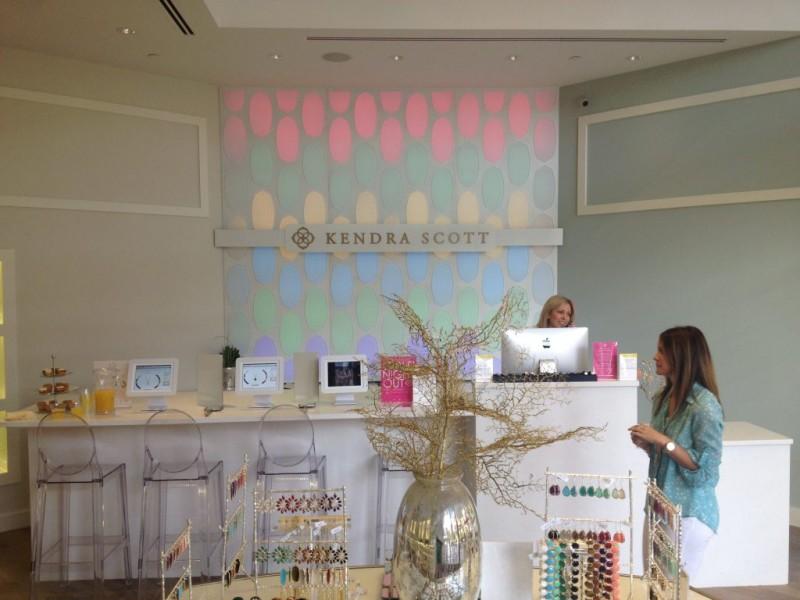 Kendra Scott Jewelry Opens At Fashion Island 0
