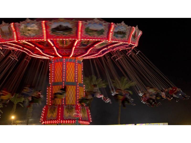 dulles lighting va. carnival opens at dulles town center lighting va